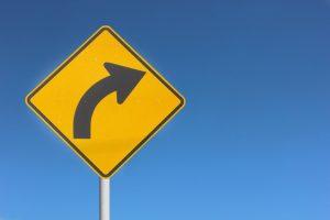 turn-right-1444232-638x425